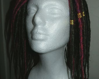 Classic mediumlength SE(singleended) dreads in VampireRed/Pink/Purple to Brown and Black, pencilthin