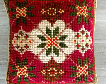 Vintage Needlepoint Pillow / Needlepoint / Floral Design Pillow / Red and Green / Jewel Tones Pattern / Boho Home