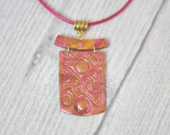 women pink and gold Asian style necklace, jewelry, tea rose Japanese gold, unique jewelry