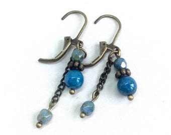 Blue earrings, vintage style, romantic earrings