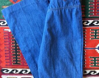 Vintage Levi's 1960's orange tab bell bottom jeans / High waist denim / Flared jeans