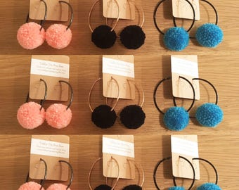 Medium pompom Earrings