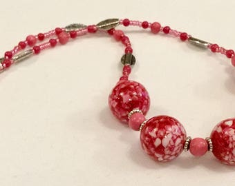 Pretty pink chunky bead necklace and earring set