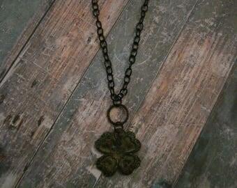 Vertigris Four Leaf Clover Necklace