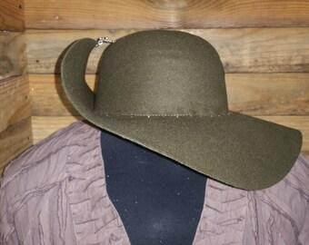 """The """"Anne Bonny"""" Hat"""