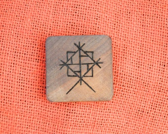 "Wooden Rune-bind amulet ""Home protection"" pyrography hand made Asatru Wicca Pagan elder FUTHARK"