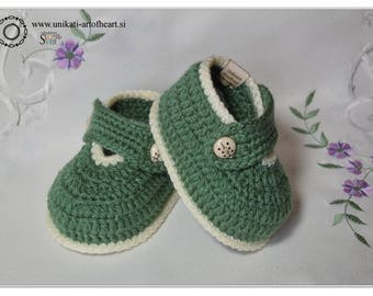 Crochet Baby Shoes / Unisex Baby Shoes / Crochet Baby Sneakers / Newborn Baby Sneakers / Newborn Gift / Baby Slippers / Handmade Baby Shoes