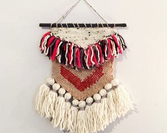 Woven Wall Hanging. Weaving with Chunky Yarn Tassels and Arrow Motif.