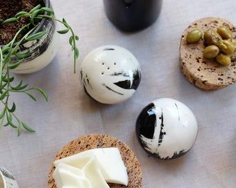 Salt and Pepper Shakers, Black ceramics, White ceramics, Kitchen decor, Handmade pottery, Gift, Wedding, Birthday, Osnat Raichman.