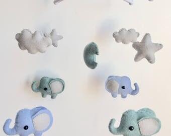 Felt baby mobile elephant pattern