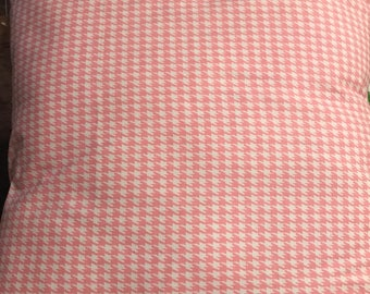 Pink white houndstooh 18x18 pillow