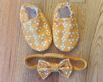 Baby Boy Booties, Reversible Crib Shoes and Bowtie Set