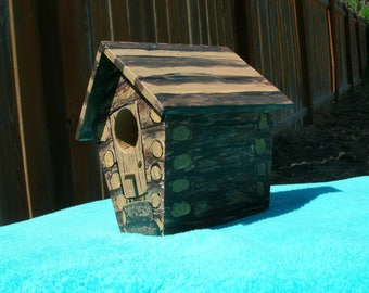 Perfect gift for Grandpa or Dad, Rustic Log Cabin Bird House, Decoration for Home or Garden, Birdhouse