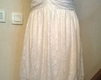 Dress with suspenders fine white lace
