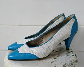 1980s Women's White and Blue Jacques Vert Shoes. Retro Ladies White and Blue Stilettos. Cool 1980s Shoes. Vintage Jacques Vert Shoes.
