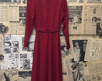 Original Vintage 1940's Thin Lace Dress Red FREE WORLDWIDE POSTAGE