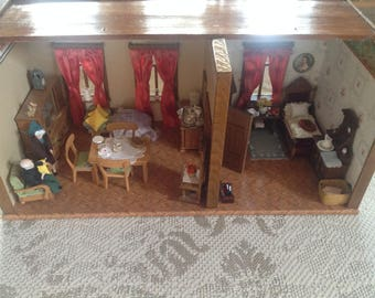 Antique Doll, 2-room Doll House, Doll House for collectors - refurbished!