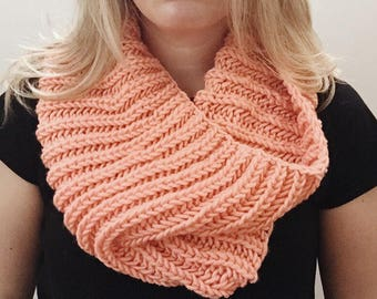Chunky knit cowl