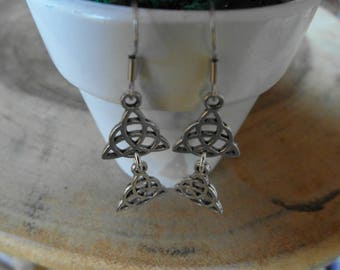 Double Celtic earrings of antique silver