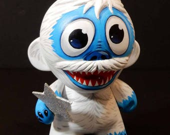 Abominable Snowman Munny Doll