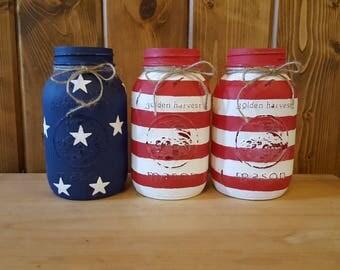 4th of july mason jars. American flag mason jars. 4th of july decor. Patriotic decor. Painted mason jars.