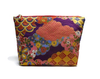Japanese fabric pouch, Floral pouch, Make up storage, Japanese fabric, Storage bag, Zipper pouch, Make up bag, Japanese fabric pencil case