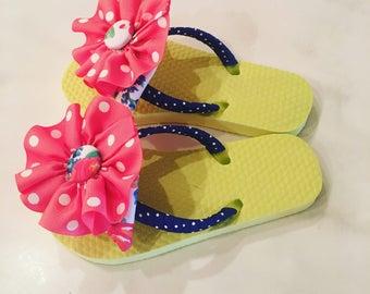 Girls sandals size 10/11