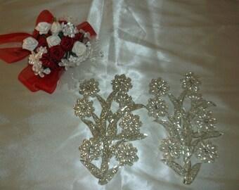 Rhinestone/Pearl Daisy Sew On Pieces