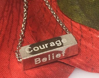 """Silver Tone Bar Stainless Steel Pendant Necklace Engrave Message Flip """"Courage Belief Wisdom Luck"""" Gift for Her Graduation Birthday"""
