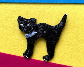 Kitty brooch,Cat Brooch,Beaded Cat pin,Beaded Jewellery,Kitten Pin,Cute brooch,animal jewelry,Christmas Gift,black cat,cat lover gift