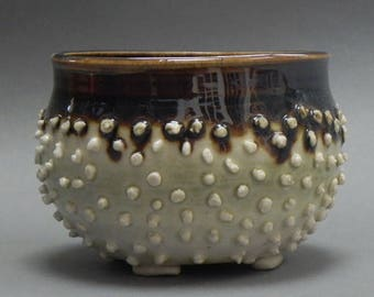 Bumpy porcelain bowl 3 x 3 by Jana Silver