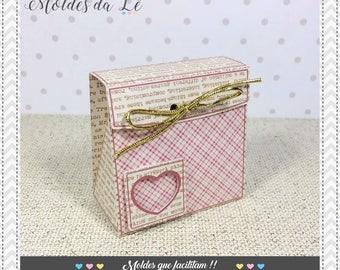 Envelope box