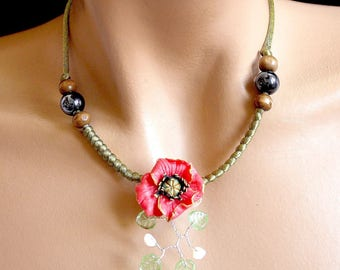 Green poppy necklace red cold porcelain