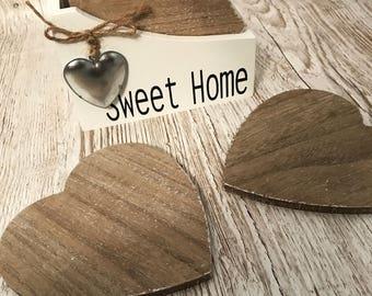 Wooden heart coaster set