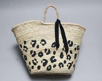 Leopard Print Straw Tote bag