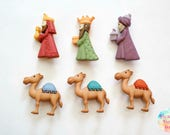 We Three Kings and Camels Christmas Buttons Set