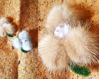 Set of 2 Vintage 50's or 60's fur hat pins, brooches, flower pins, gray and cappuccino furs