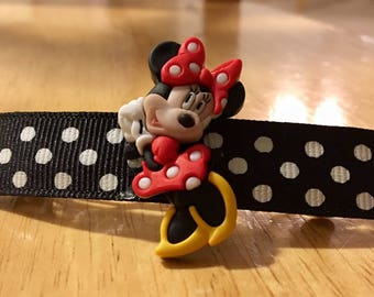 Gorgeous Handmade Minnie Mouse Barrettes!