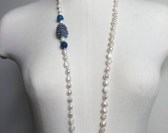 Necklace beads, blue agate, crocheted with Crystal element