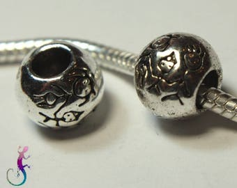 """Set of 4 beads European pandora style charms in Silver """"family"""" for bracelet or necklace"""
