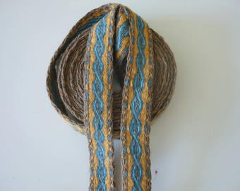 Galon cards,  fine wool, sold to 4 inch length. 1,05 inch wide.