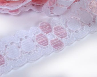 WHITE lace and pink: 18mm wide (09)