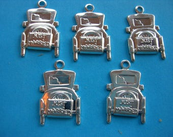 LOT 5 metal CHARMS: car old 14mm