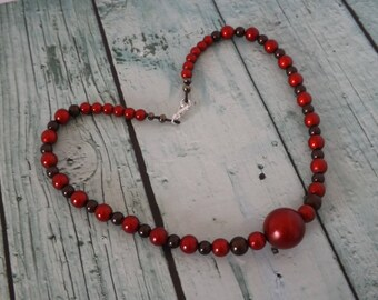 Necklace beads - yummy red and chocolate color