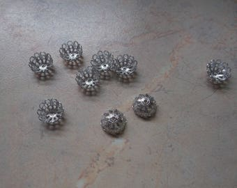 Silver metal caps, carved. 10mm