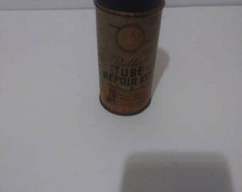 WHIZ Rubber tube kit repair tin No 18 w/ Vintage Contents R.M. Hollingshead Corp