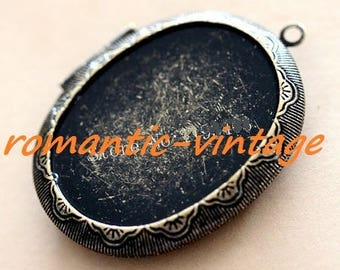 Beautiful photo Locket pendant and cabochon 40 * 30mm antique bronze