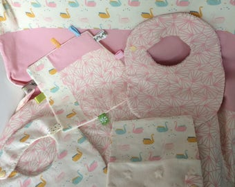 blanket and baby pink swans set