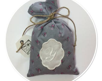 LAVENDER SACHET PROVENCE ADORNED WITH A MONOGRAM LETTER - Y - IN LOCKET