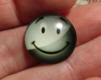 glass cabochon 18mm smile face